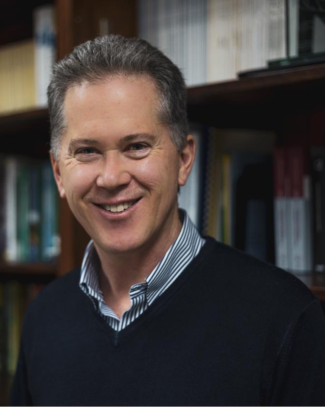 Dr Carl Haas